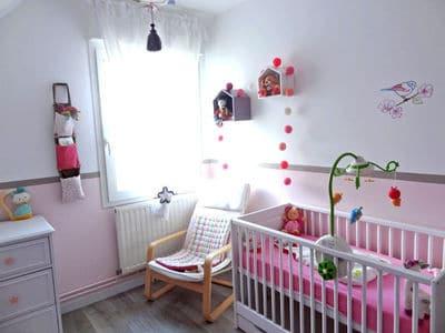 Peinture chambre fille peinture sur mur chambre d enfant for Peinture chambre bebe fille