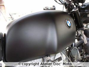 peinture noir mat moto