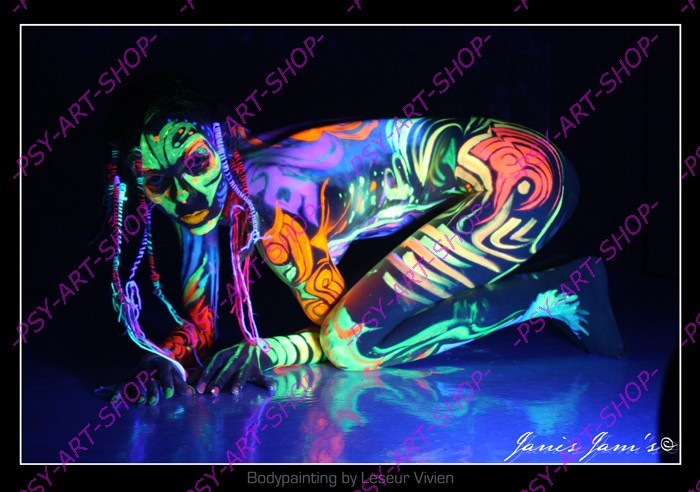 peinture phosphorescente corps